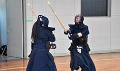 剣道(⼥⼦)
